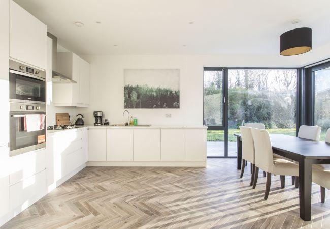 House in Dublin - Clontarf Cottage Super Renovation